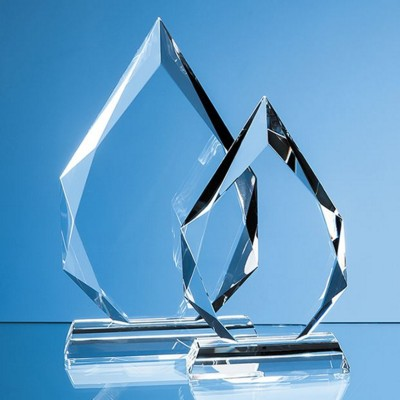 Picture of CLEAR TRANSPARENT GLASS FACETTED DIAMOND PEAK AWARD