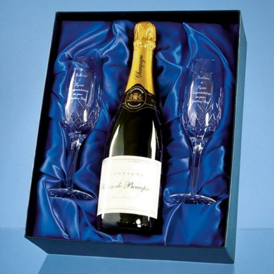 Picture of BLENHEIM DOUBLE CHAMPAGNE FLUTE GIFT SET WITH a 75CL BOTTLE OF BRUT HOUSE CHAMPAGNE