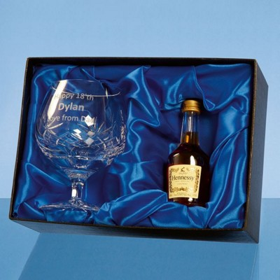 Picture of BLENHEIM BRANDY GIFT SET WITH a 5CL MINI BOTTLE OF BRANDY