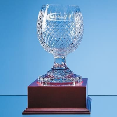 Picture of 23CM LEAD CRYSTAL FOOTED PRESENTATION BOWL