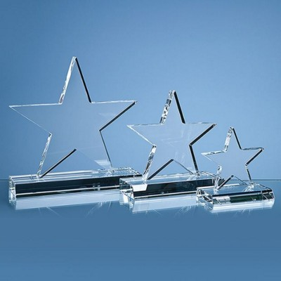 Picture of 21CM OPTICAL CRYSTAL 5 POINTED STAR ON BASE AWARD