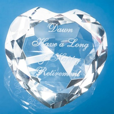 Picture of OPTICAL CRYSTAL CLEAR TRANSPARENT FACET HEART GLASS PAPERWEIGHT