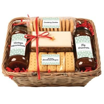 Picture of PERSONALISED CHRISTMAS TRUG HAMPER
