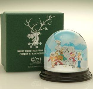 Picture of CLASSIC ROUND SNOW GLOBE SHAKER SNOW DOME SHAKER PAPERWEIGHT