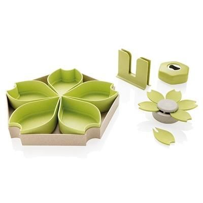 Picture of WHEAT STRAW 4PCS KITCHEN SET in Green